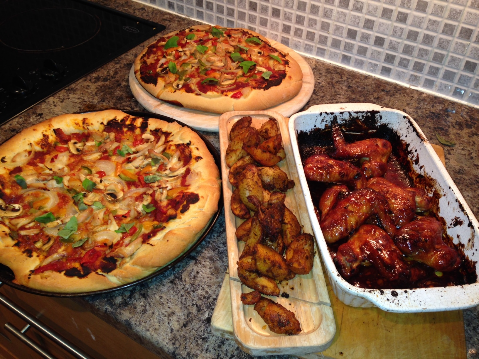 Fakeaway Recipe: Pizza, Chicken Wings and Potato Wedges