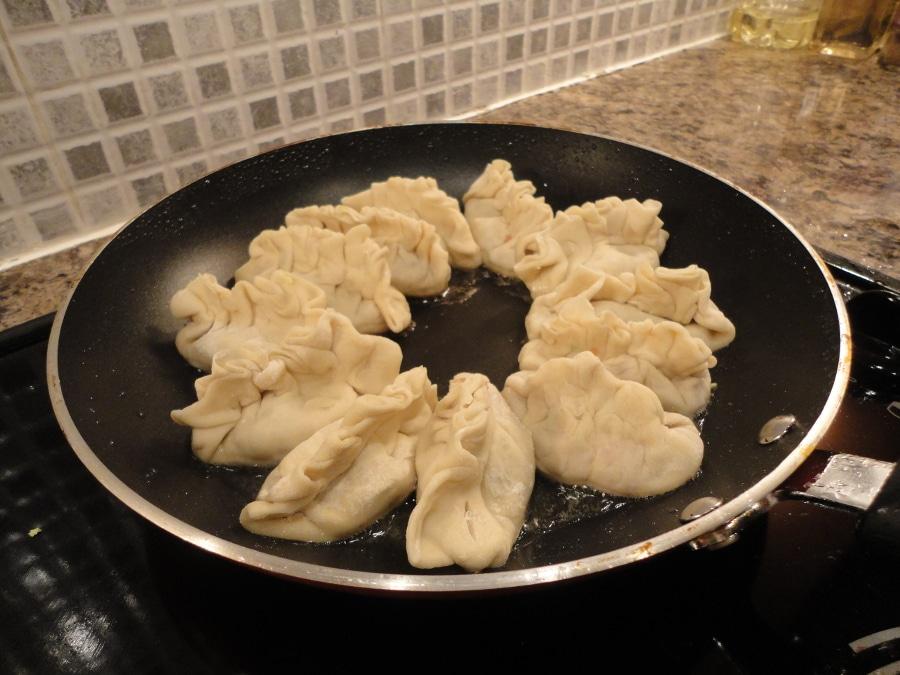 Dim sum cooking