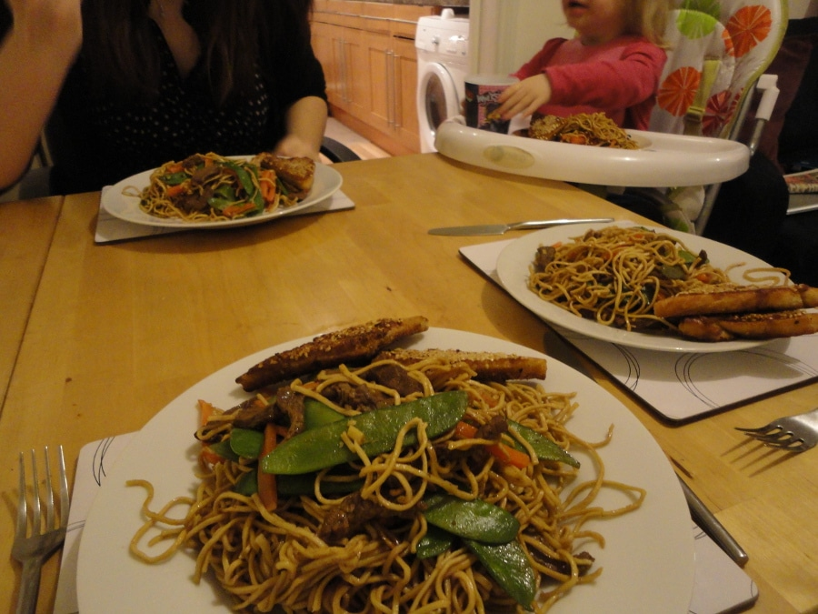 Fakeaway beef chow mein