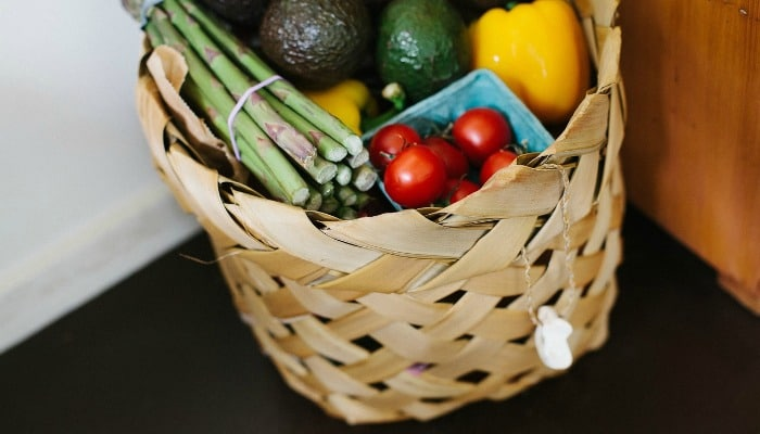 The minimum spend for your basket at Tesco groceries will go up from 23 July 2015. This will also impact Tesco Delivery Saver customers. Find out what the other supermarkets consider to be a minimum basket size.