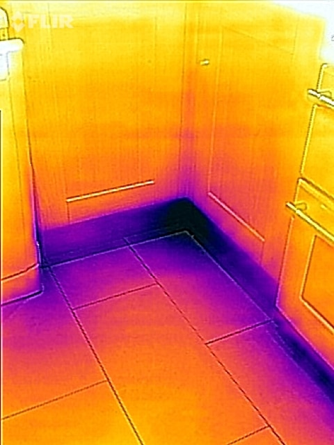 FLIR ONE showing cold spots in the kitchen
