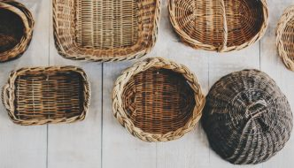 How to Make Luxury Gift Hampers (on a Budget)