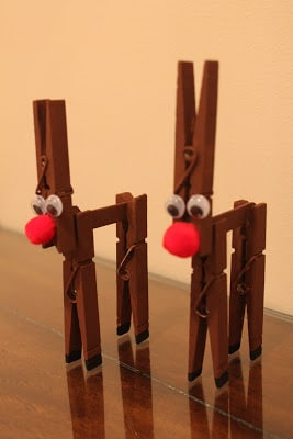 With a lick of brown paint and a glowing red nose, your clothes pegs and become a gorgeous Rudolph the Reindeer.
