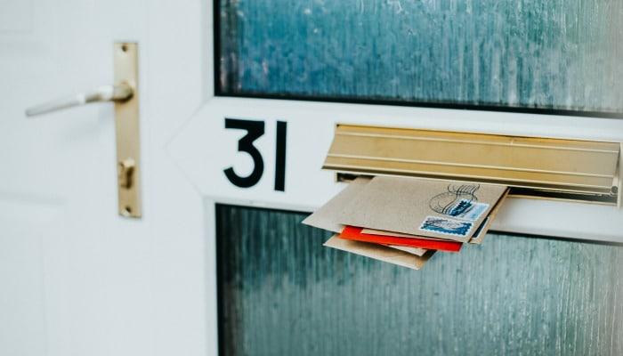 post in door mail