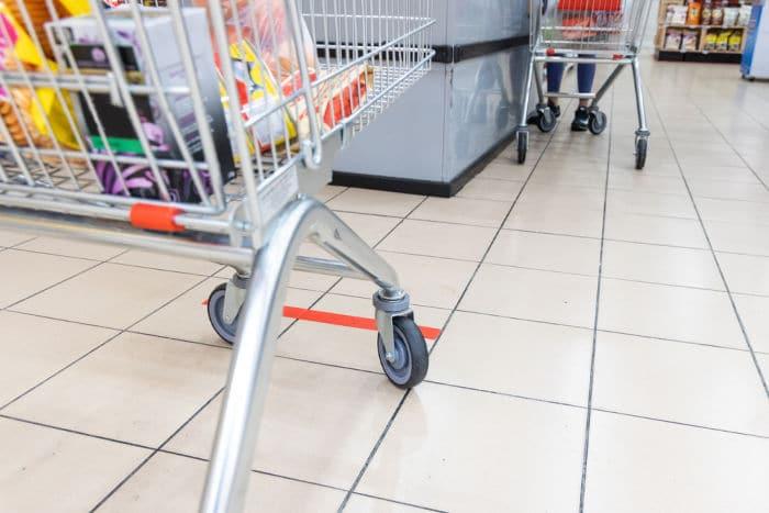 social distancing at the supermarket