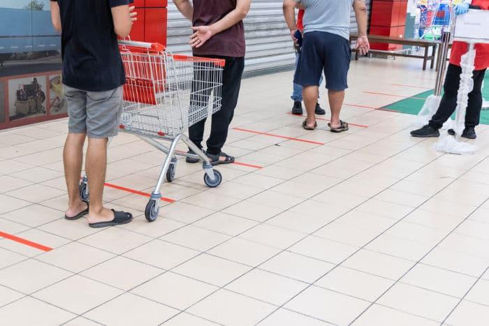 supermarket queue social distancing