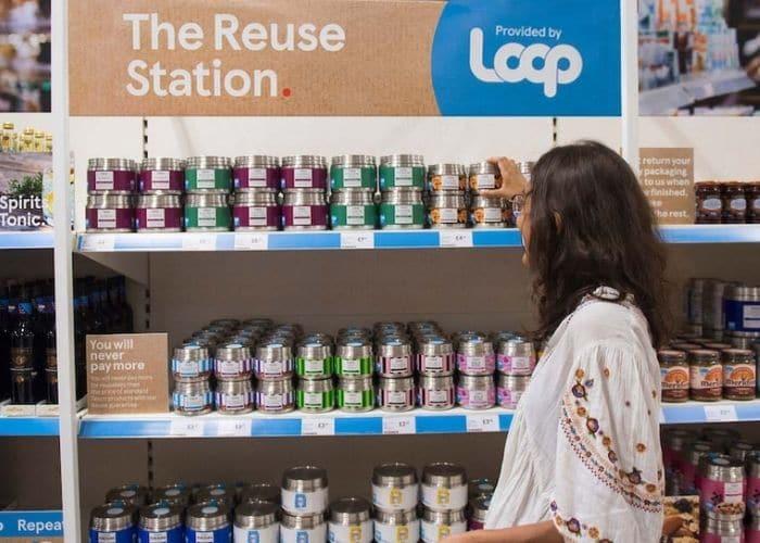 woman shopping at loop